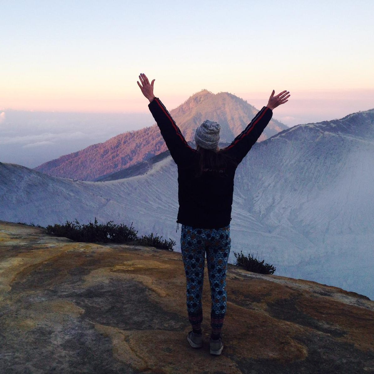 Een overwinning voor mij was het beklimmen van de Ijen vulkaan op Java
