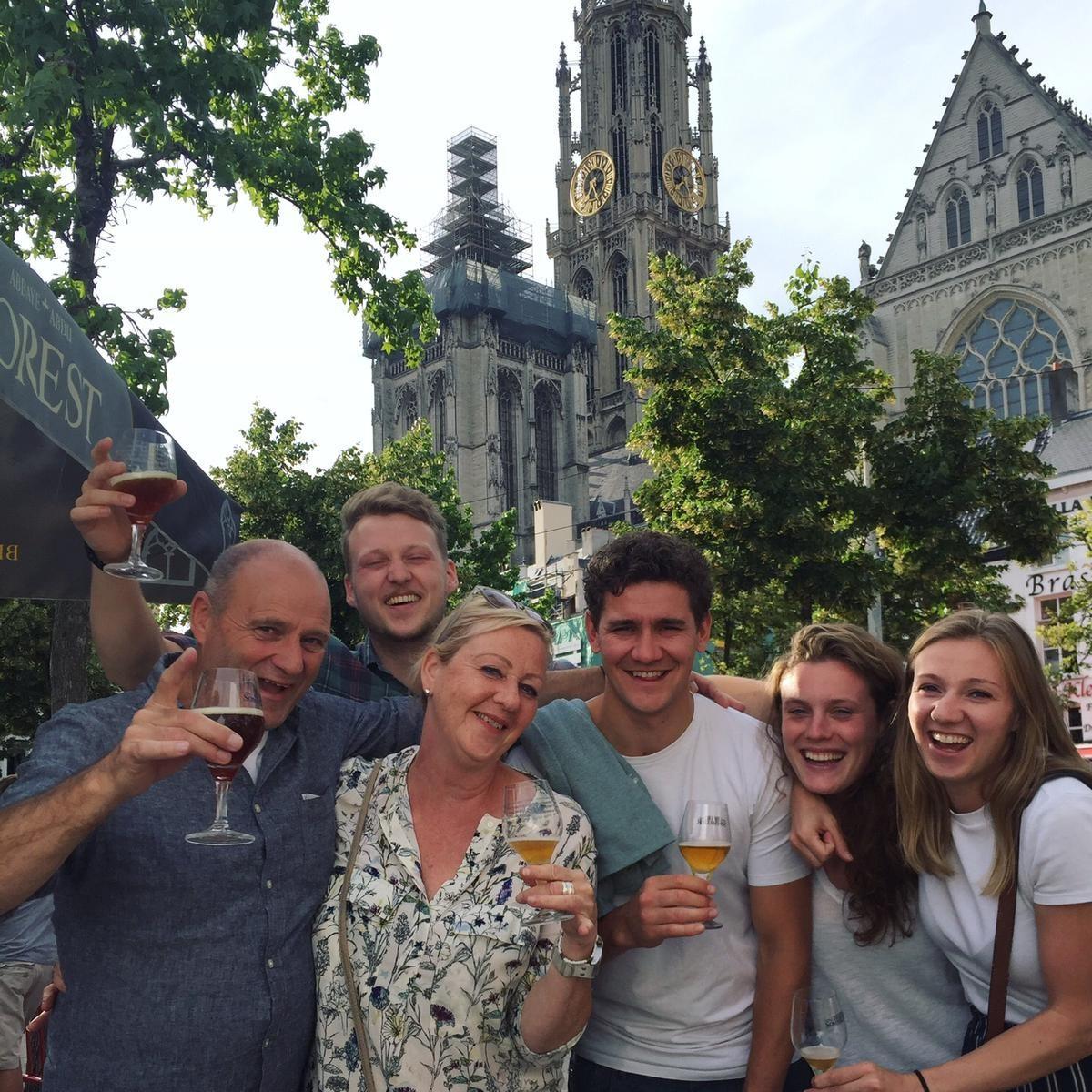 Elk jaar ga ik met mijn familie naar een bierfestival in Antwerpen