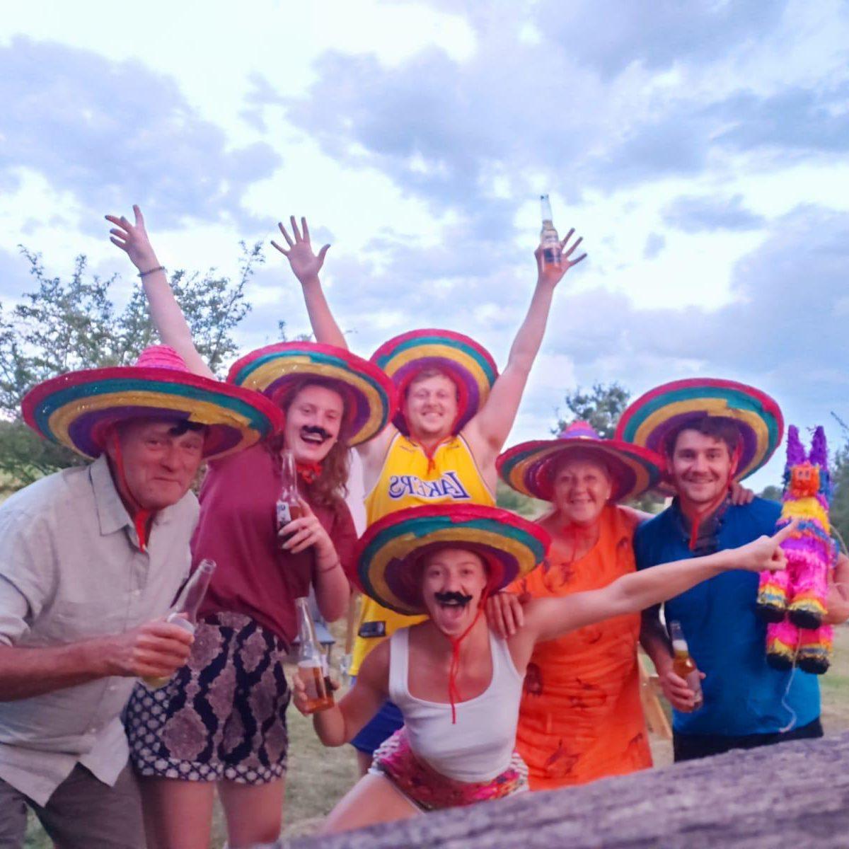 Toen mijn broertje door corona niet naar Mexico kon bracht ik Mexico naar hem!